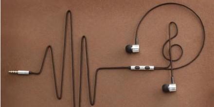 776手机电影网_超五成手机配套用耳机不合格 近三成大学生因耳机听力受损-谢飞 ...